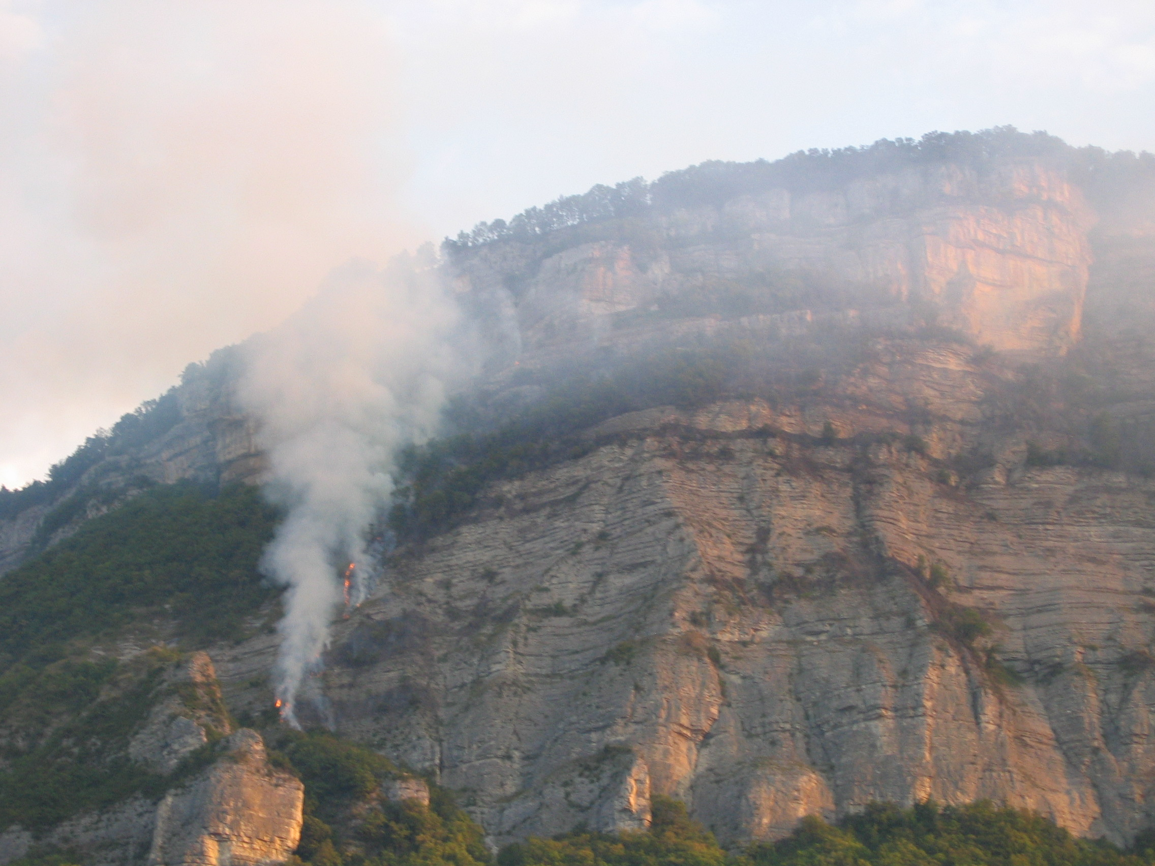 Incendie au Luisset (photo N. Daniele)